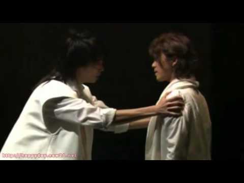 Bunkamura Theater Cocoon in Tokyo. Cast: Oguri Shun | Wakamura Mayumi | Katsuji Ryo | Yokota Eiji | Hasegawa Hiroki - Director: Ninagawa Yukio.