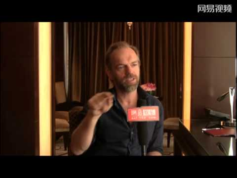 Cloud Atlas - Chinese TV Interview with Hugo Weaving (ent.163.com)