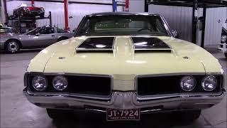1968 Oldsmobile Cutlass Yellow