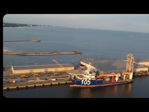 McDermott Lay Vessel 105 North Ocean - Port of Gulfport