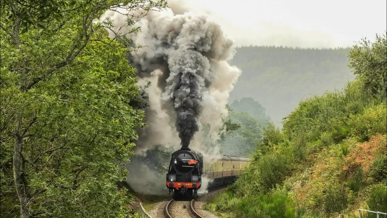 Steam Power On The NYMR + The Scarborough Express !