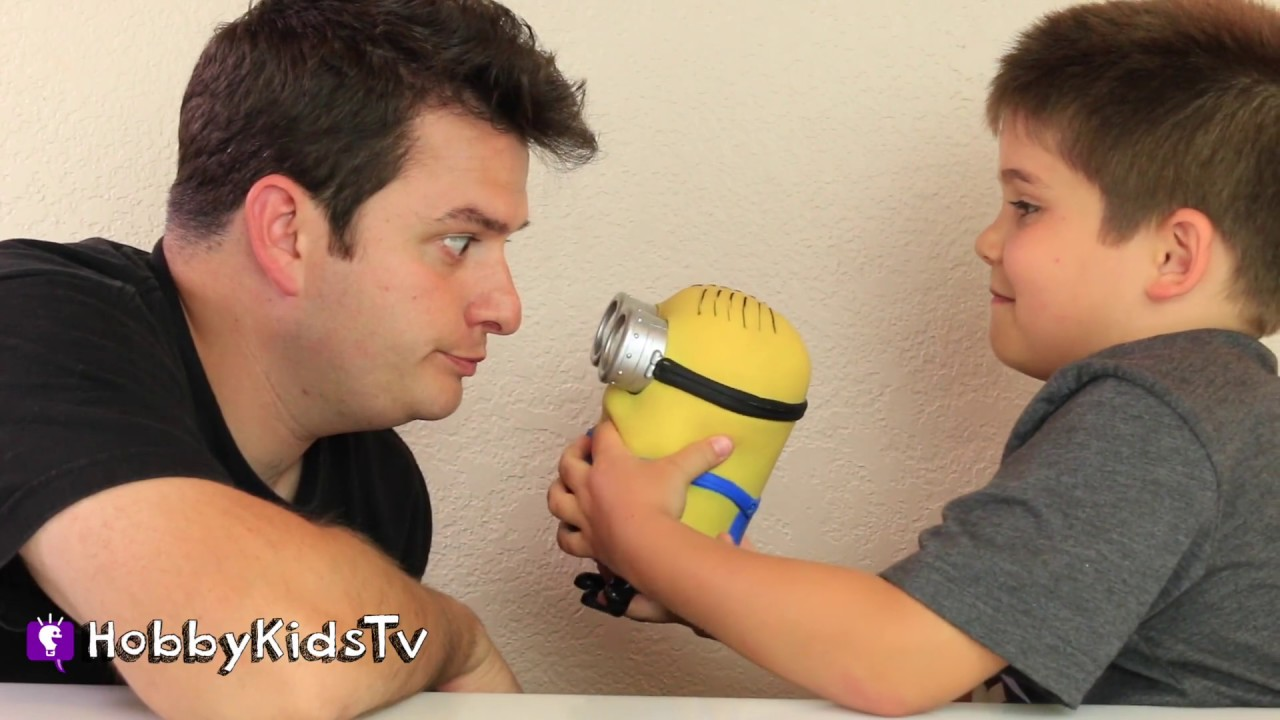Staring Contest Challenge with HobbyPig and a Minion