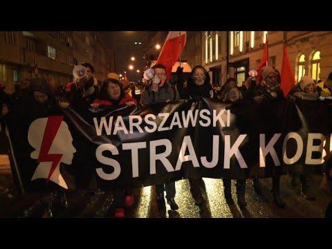 Avortement: manifestations en Pologne contre le durcissement de la loi