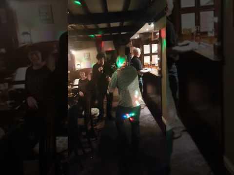 Old Tree Inn kippax karaoke lsi disco and karaoke
