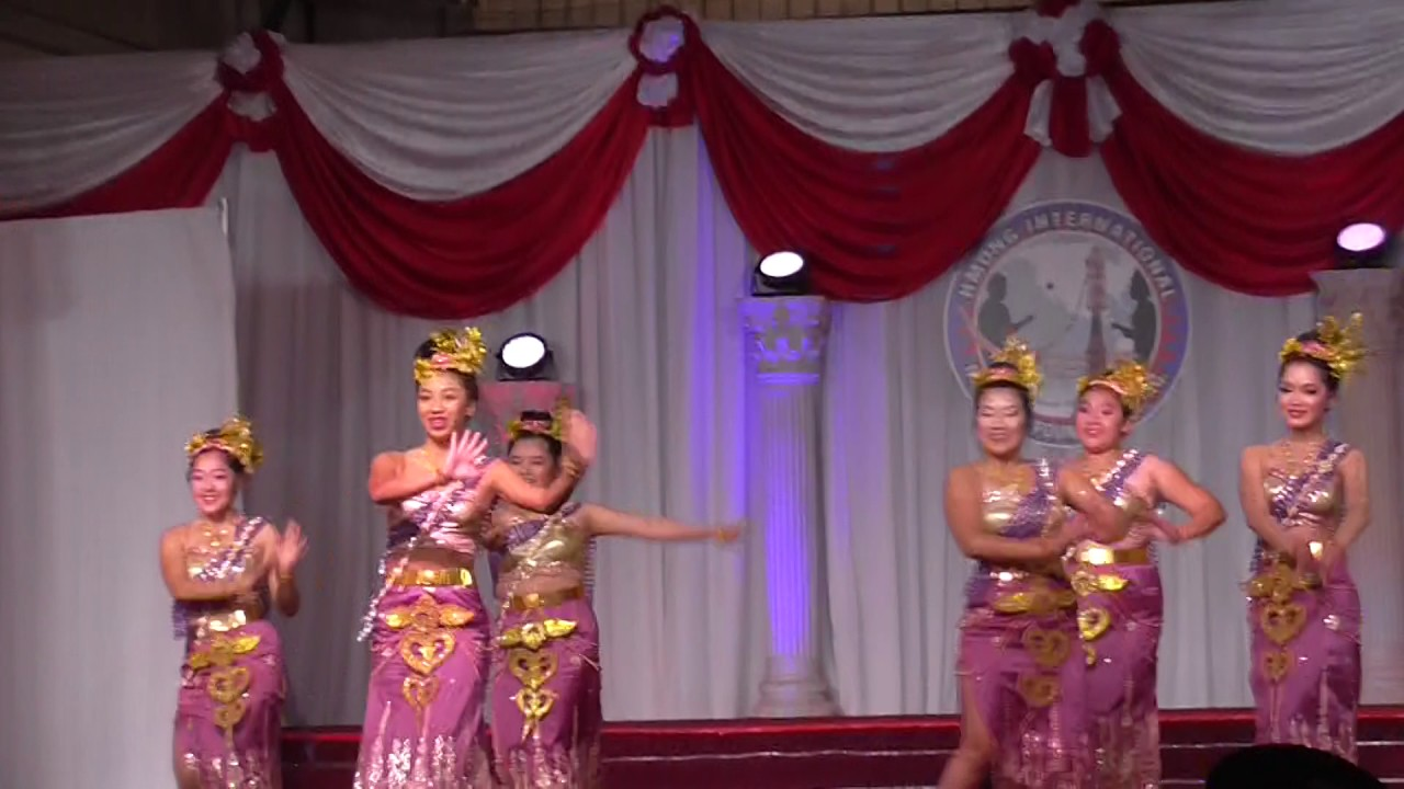 Fresno Hmong International New Year 2014-2015 Contestant 1 ... |Fresno International Hmong New Year