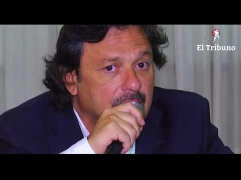 Conferencia de prensa de Gustavo Saénz