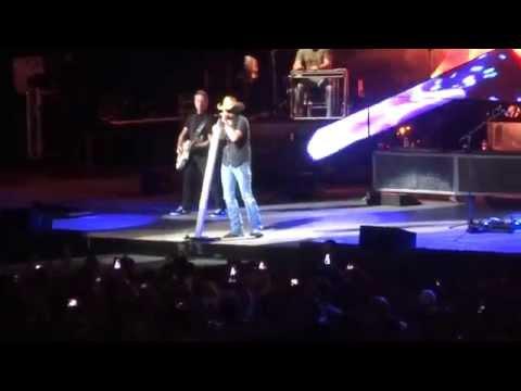 Burnin' It Down - Jason Aldean | Burn It Down Tour 2014 - Tampa