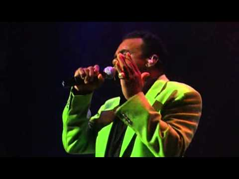 Isley Brothers - Living For The Love Off You (live)