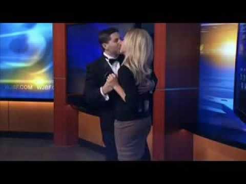 Boyfriend surprises weather girl with surprise proposal   on live TV