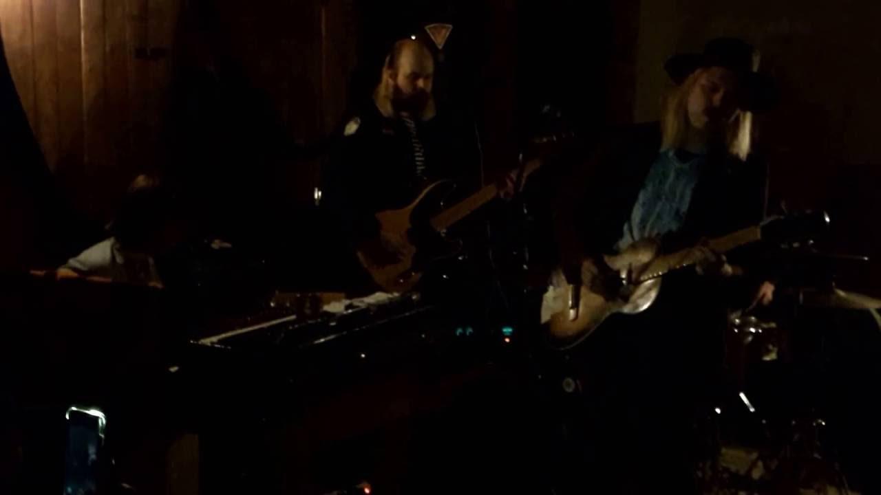 Jukka Nousiainen & Co - Synnyin syksyllä & Lonely Rider - YouTube