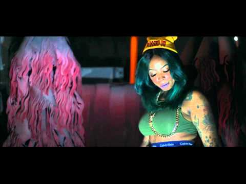 "Nina Ross Da Boss Official ""Chiraq"" Video (Watch In HD)"