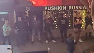 Русская мафия защищает свои рестораны.