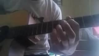 Đệm đàn ghita Thần thoại (lỗi)