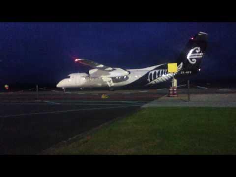 AIR NEW ZEALAND Q300