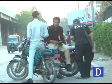 Police getting money from citizens in Karachi