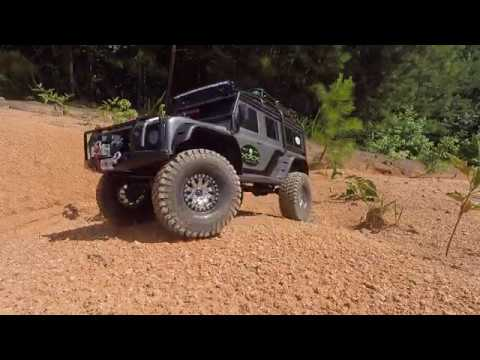 TRAXXAS TRX4 Trying out Pitbull Growler tires in the loose dry clay