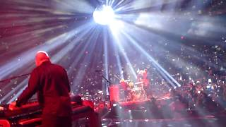 Queen + Adam Lambert - Under Pressure - live On Stage - MGM Park Theater Las Vegas