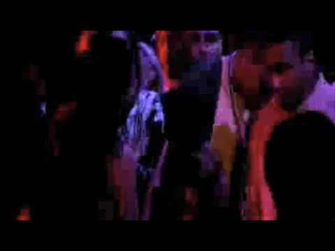 Chris Brown Gets Love In The Club By Hot Girl