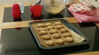 Bakechick Episode 2 - Tahini Cookies!