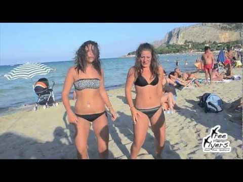 Danza Kuduro a Mondello Beach by FreeFlyers
