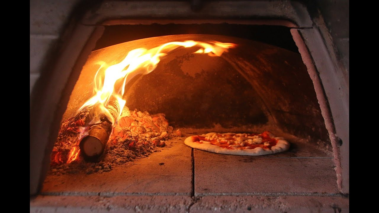 Maratona di vinci e pizza catering con forni a legna pizza - Temperatura forno a legna pizza ...