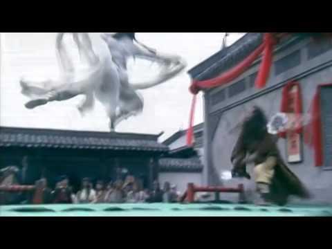 Xiaolongnü Fights Jin Lun, from Return of the Condor Heroes 2006 ep11, Crystal Liu Yifei, 刘亦菲