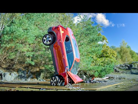 Volvo Cars Safety