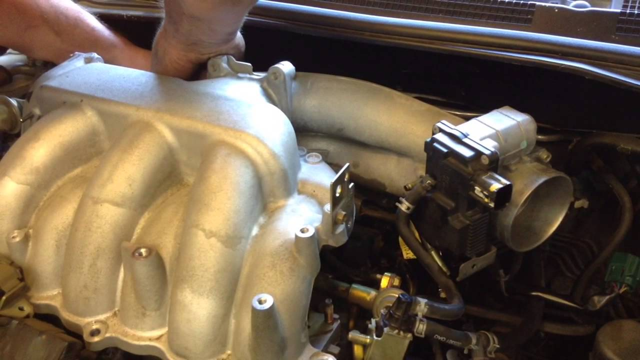 How To Remove Air Intake And Coil Packs On A 2003 Nissan Altima 3 5l V6