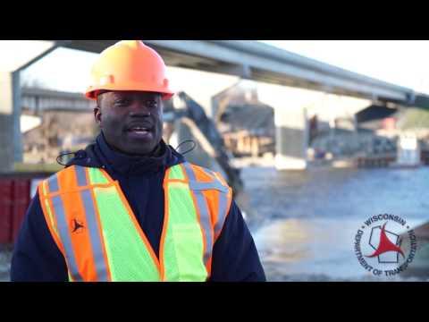 Successful Demolition of I-39/90 Bridge Piers at Rock River