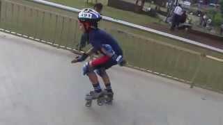3 year old kid skating!! **Wow**