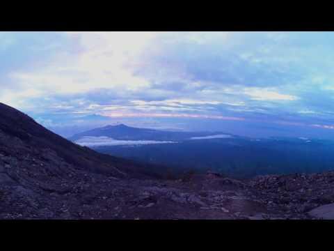 Volcan Agung Bali amanecer en 360  a 3200 metros de altitud
