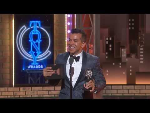Coreógrafo colombiano Sergio Trujillo ganador del Premio Tony 2019