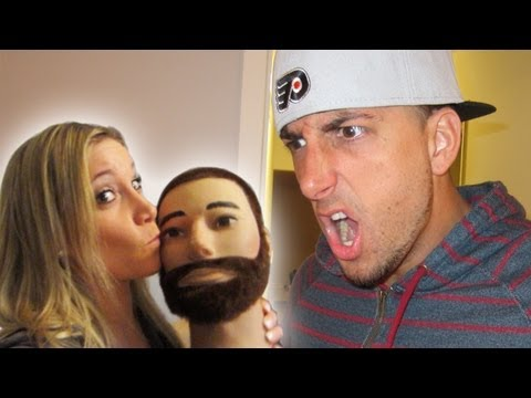 GIRLFRIEND CAUGHT CHEATING PRANK - PRANKVSPRANK