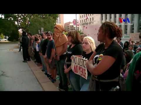 St.Louis Kentinde Gösteriler Durmuyor