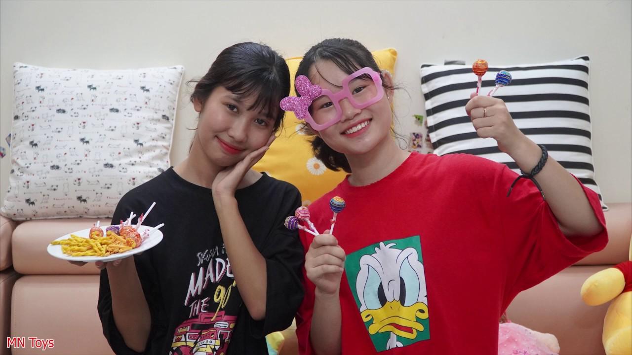 Hai Chị Em Chia Nhau Kẹo Mút và Bánh Quẩy - MN Toys