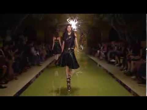 Versace Women's SS14 Fashion Show