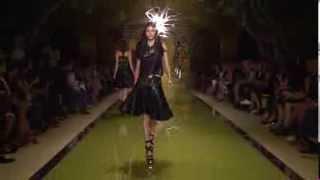 Versace Women's SS14 Fashion Show Thumbnail