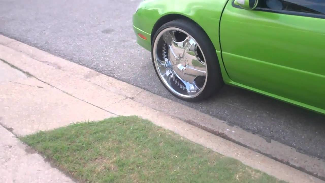 1999 Chrysler Lhs Sittin High On 24 S With Candy Paint