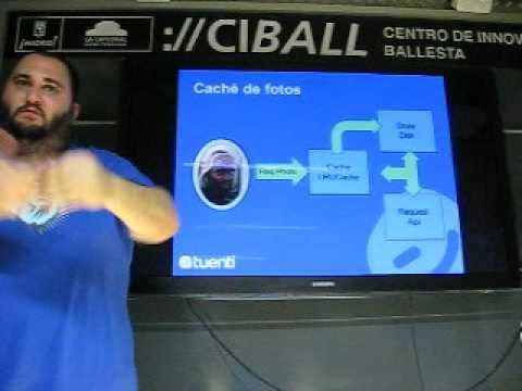 AndroidStartup 12/07/2012 Reunión - Galleta - Charla sobre Arquitectura de Tuenti