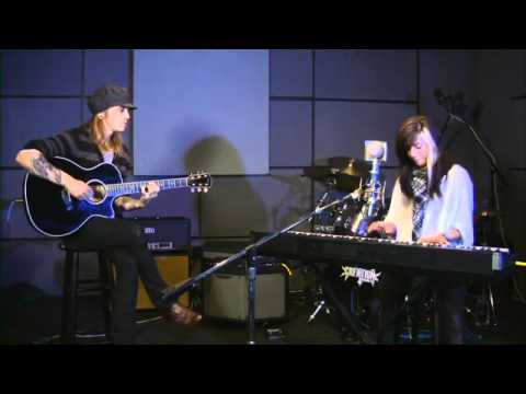 Christina Perri - Arms (Last.fm Sessions)