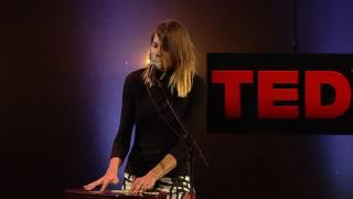 Solo project Sofie Winterson TEDxMaastricht