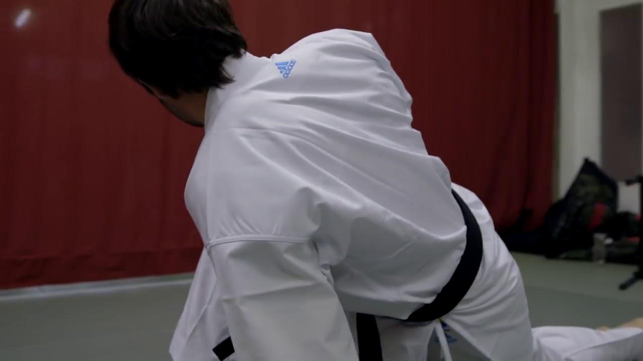 gastos generales Predecir discreción  Rafael wears adidas revoflex karate-gi - YouTube