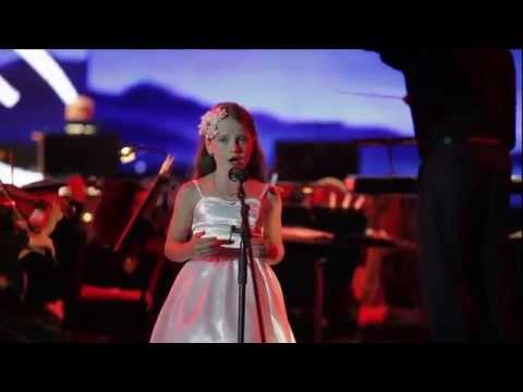 "Amira Willighagen - ""Ave Madiba"" at Starlight Concert - Durban, South Africa - 9 August 2014"