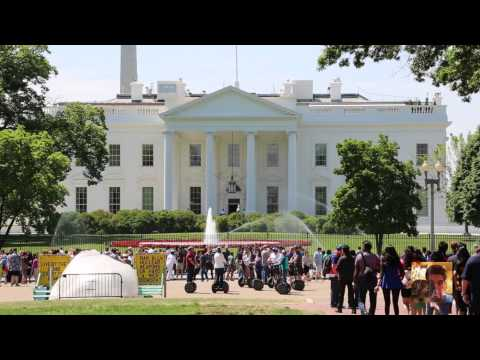 Tourists at White House: Free stock footage