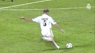Zinedine Zidane's amazing free-kick goal against Las Palmas for Real Madrid