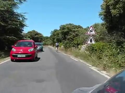 Driving in Gordes