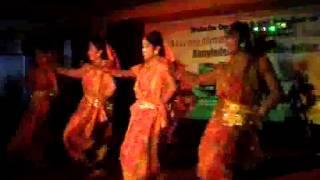 lal shari (bafa Dance)