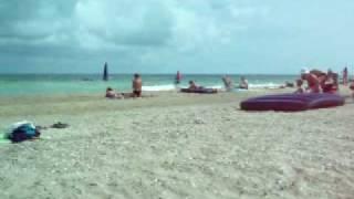 Пляж в с.Грибовка (Одесская обл.)(Пляж в с.Грибовка (Одесская обл.), 2009-07-13T06:43:41.000Z)