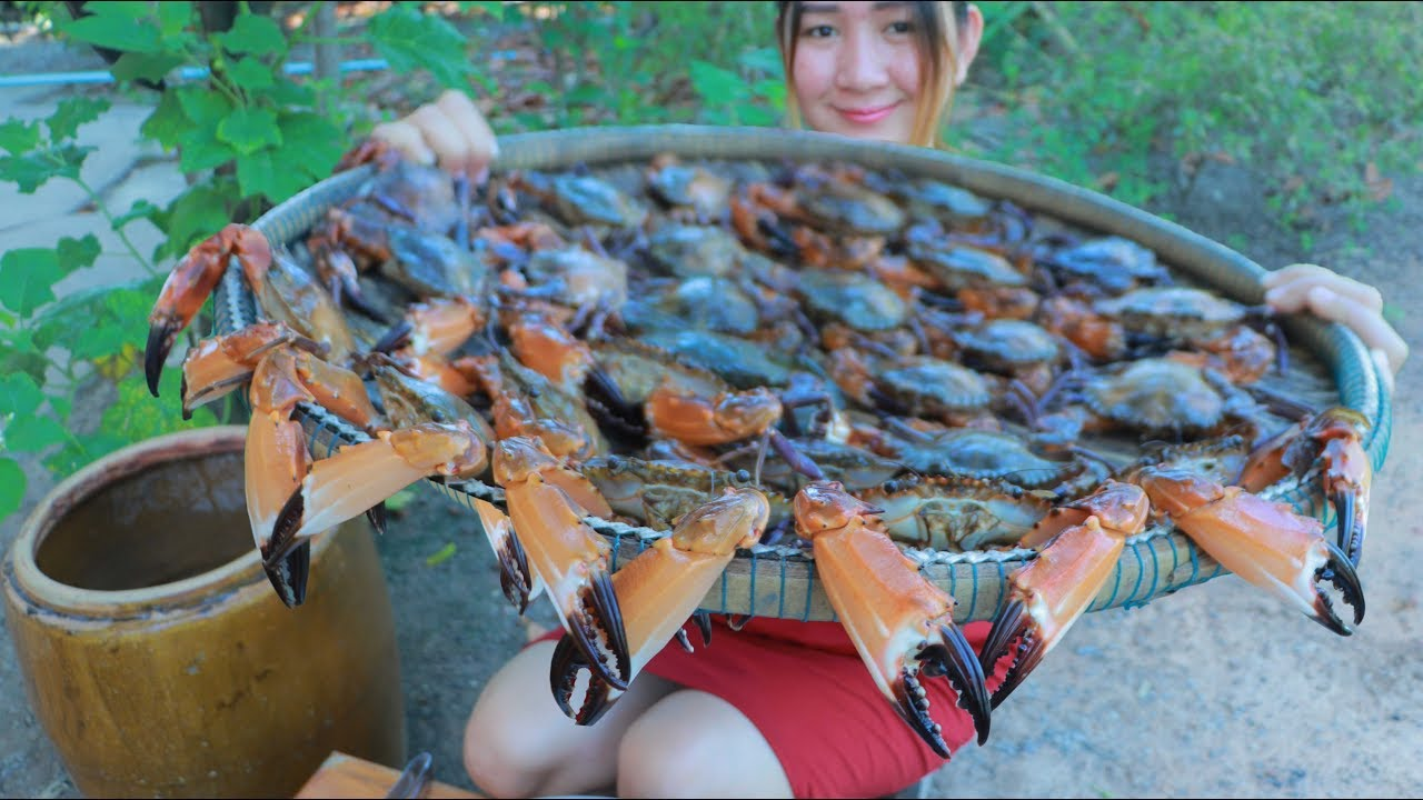 Yummy Sea Crab Stir Fry Green Onion - Sea Crab Cooking - Cooking With Sros