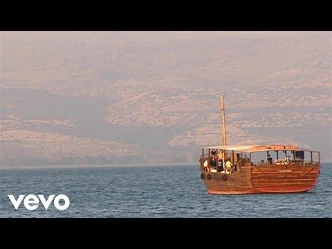 Bill & Gloria Gaither - Peace, Be Still (Live)
